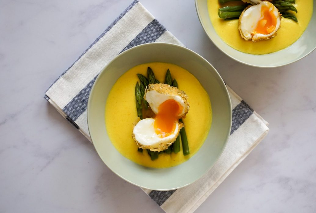 Egg over fontina cheese cream